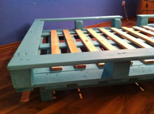 Finished pallet bed out of two standard pallets
