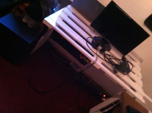 Fully assembled pallet desk, first section mounted amplifier