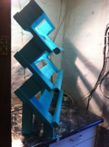 Shoe rack made of pallets: side view, painted