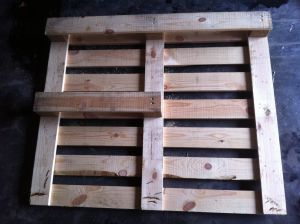 Pallet for triangular desk: Preliminary reconstructions