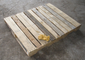 Typical U.S. pallet format.  (CC-BY-SA)