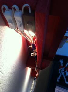 Indirect desk light under pallet shelf - light switch, detail
