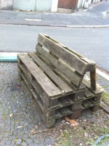 DIY Euro pallet bench, Ehrenfeld, Bochum