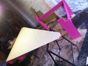 Pink pallet desk, desktop and painted substructure