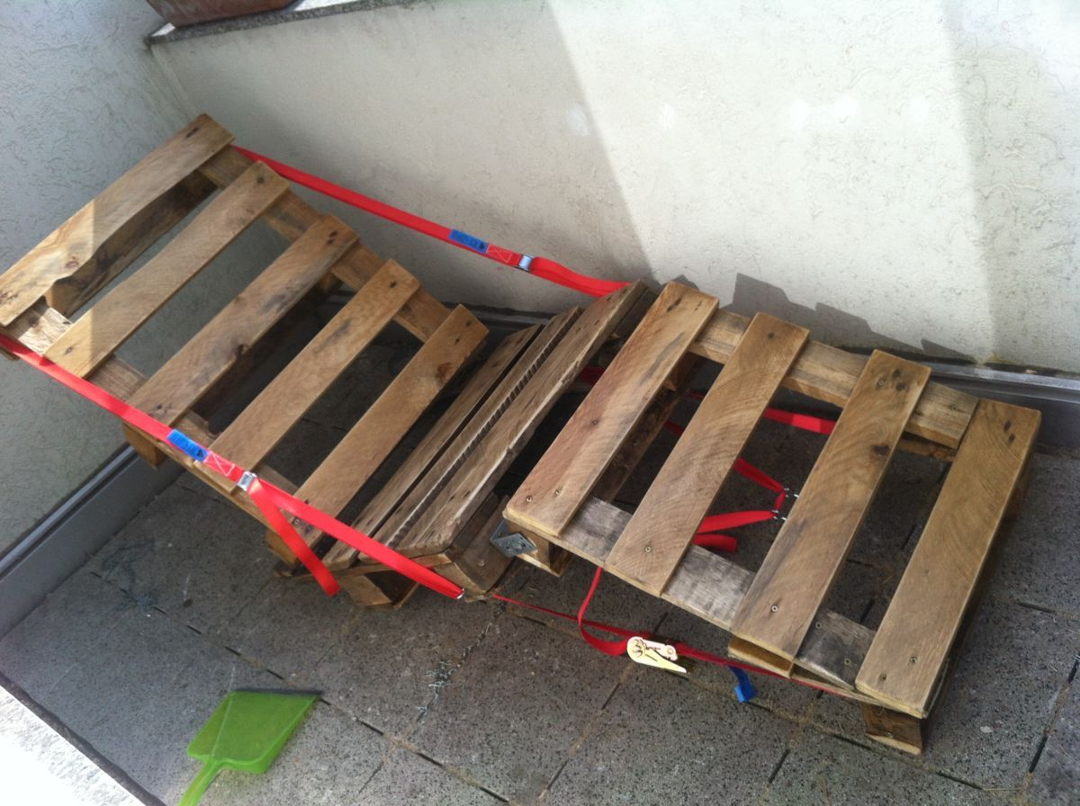 Pallet canvas chair, DIY completed - Pallet Furniture ...