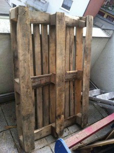 Raw material 1: pallet, heavy, requiring treatment
