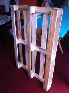 Pallet 2: lightweight and in good condition
