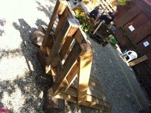 Garden chair made of pallets, single-seater, rear view