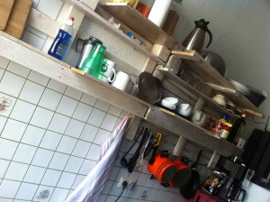 DIY kitchen shelf from  pallets, varnished and in use