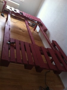 Pallet bed: pallet elements, fully assembled