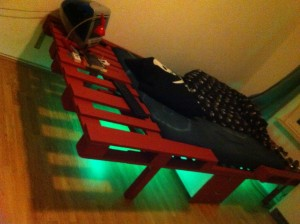 DIY illuminated pallet bed, viev angle 1