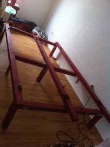 Pallet bed, double bed: Base structure made of timber beams
