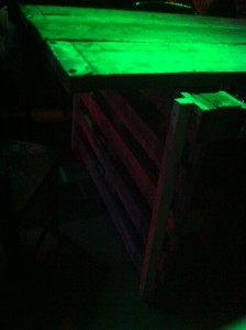 Wide pallet table - party table, detail without flashlight. Gran Paradiso