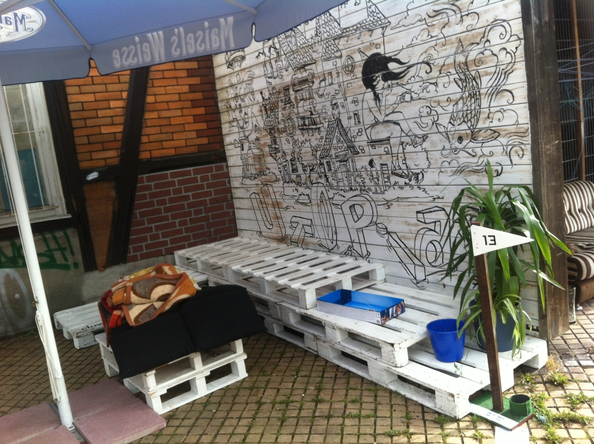 Pallet Outdoor Bench And Table Utopiastadt Wuppertal Pallet Furniture