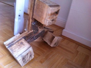 Small pallet plant stand, bottom