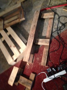 Lantern/side cabinet pallet, completely dismantled