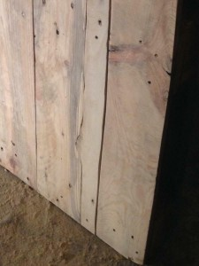 Pallet tabletop, detail, cut-to-fit inlay board