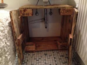 Pallet wood cabinet, open