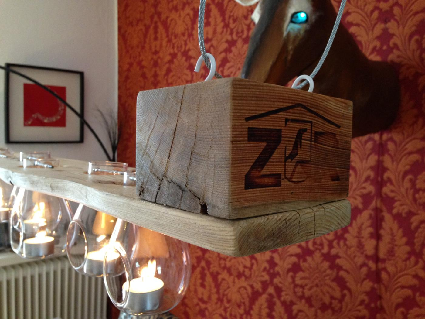 Tealight pallet chandelier: pallet wood, beeswax finish   pallet ...