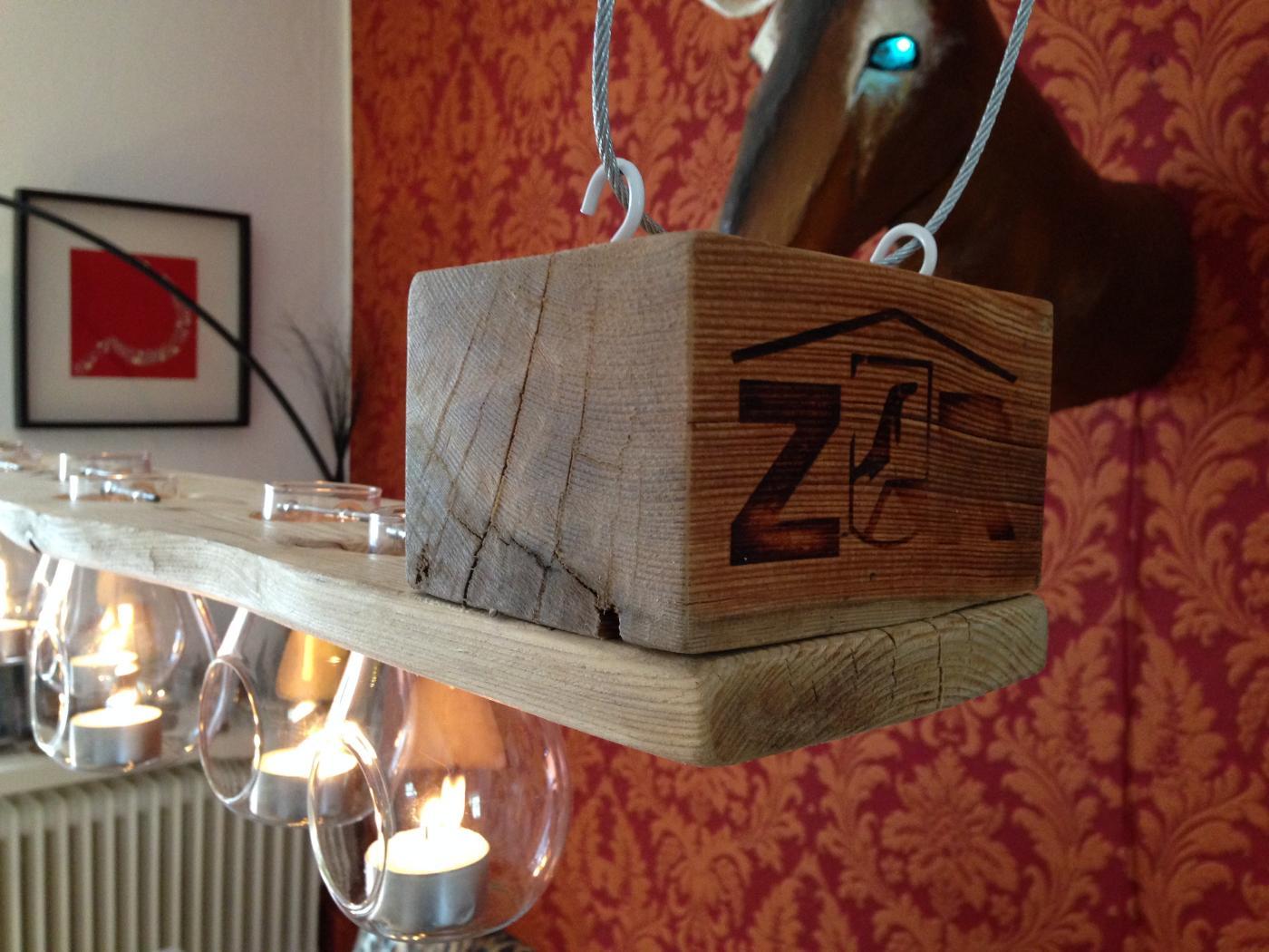 Tealight pallet chandelier: pallet wood, beeswax finish   pallet ...