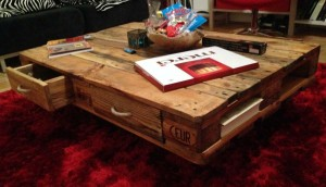 Pallet table, with handles on the drawers