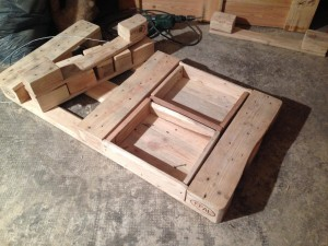 Pallet table, drawer mounted, 2